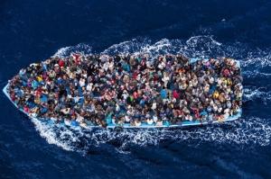 muerte-en-el-mediterraneo-la-tragedia-de-los-inmigrantes-africanos-por-flaviana-sandoval-640c